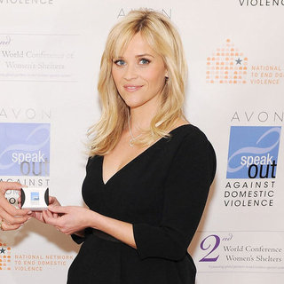 Reese Witherspoon Pictures in DC For Avon
