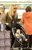 Rachel Zoe pushed Skyler Berman through the grocery store.