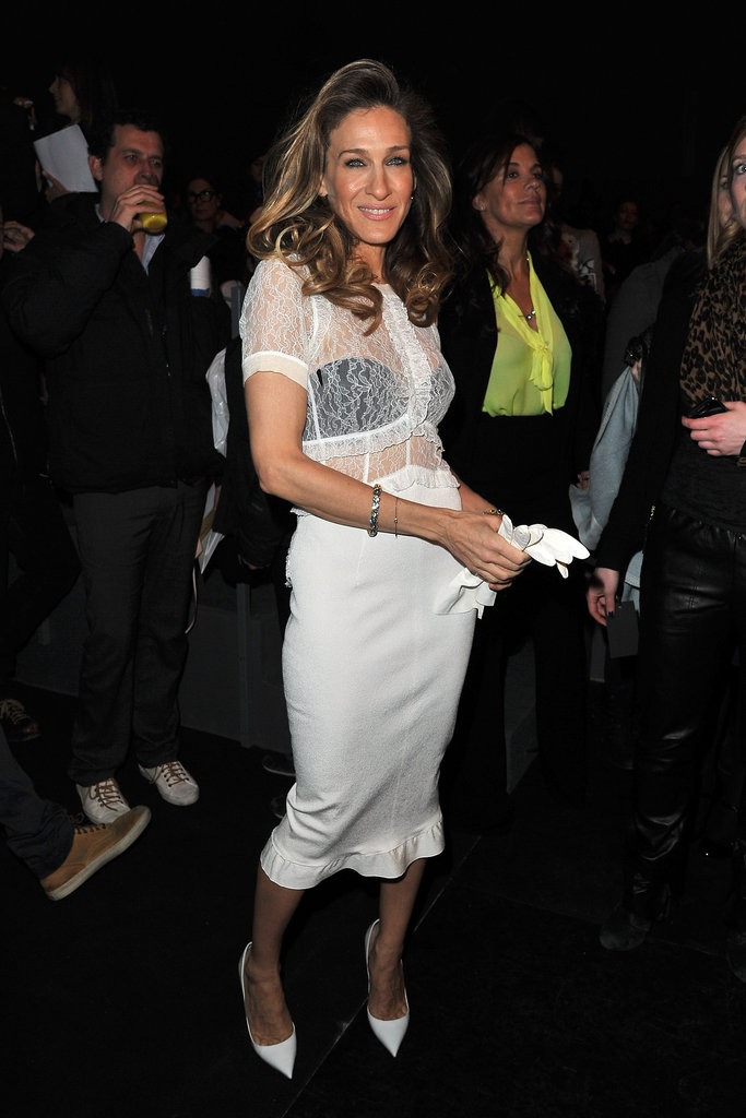 Sarah Jessica Parker posed at Louis Vuitton.