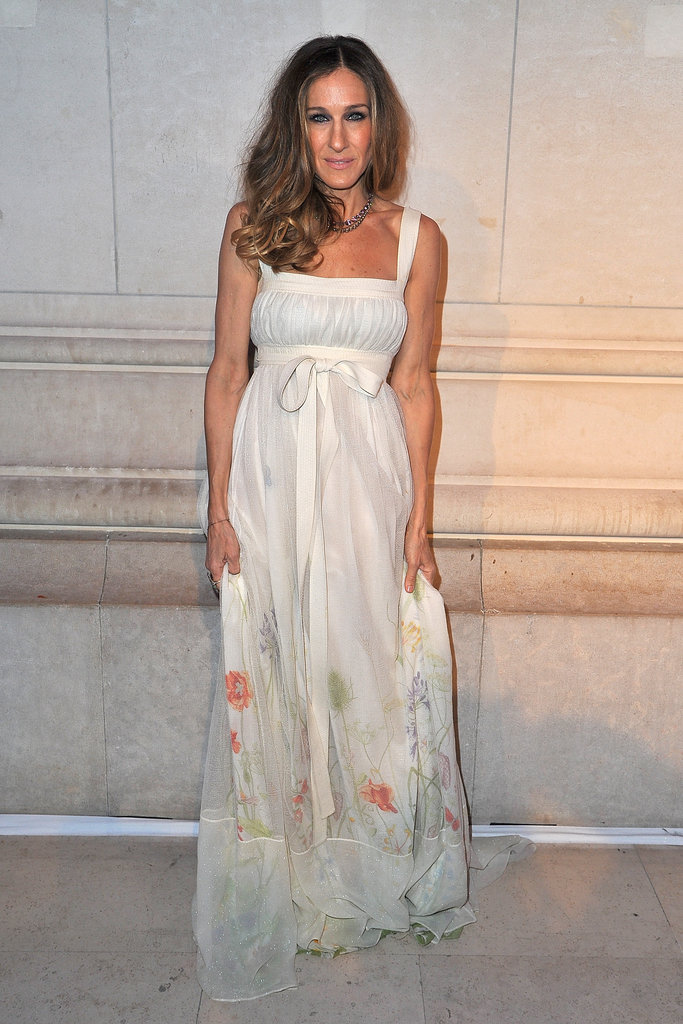 Sarah Jessica Parker was the picture of Spring in this long, flowy, floral-at-the-hem dress.