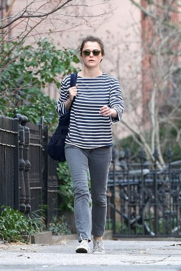 Keri Russell Takes a Stroll in Brooklyn After News Breaks About Her Return to TV