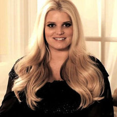 Jessica Simpson Pregnant and Talking About Being Nude Video
