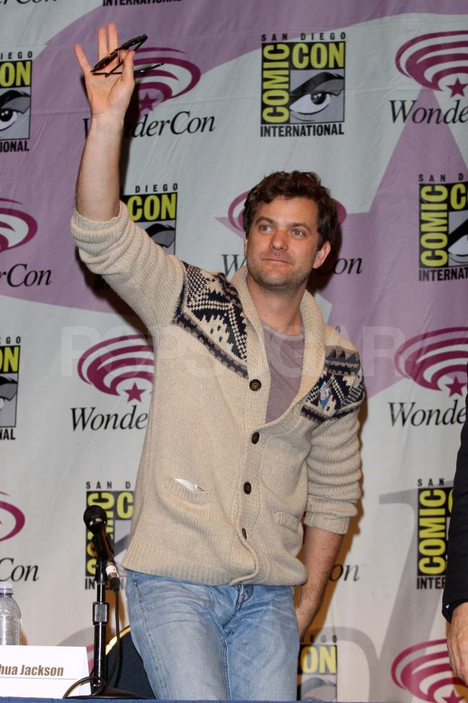Joshua Jackson at the Fringe panel at WonderCon.