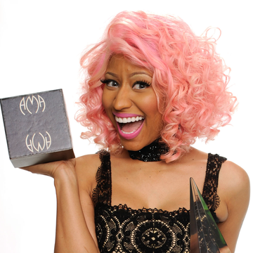 Nicki Minaj: Best Trendsetter of BellaSugar Beauty Awards