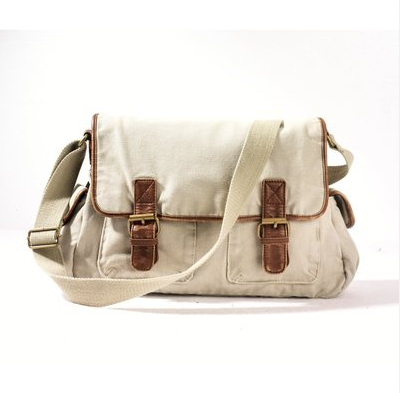 Cool and practical, this canvas tote will go with you everywhere.  La Redoute Cotton Canvas Shoulder Bag ($37)