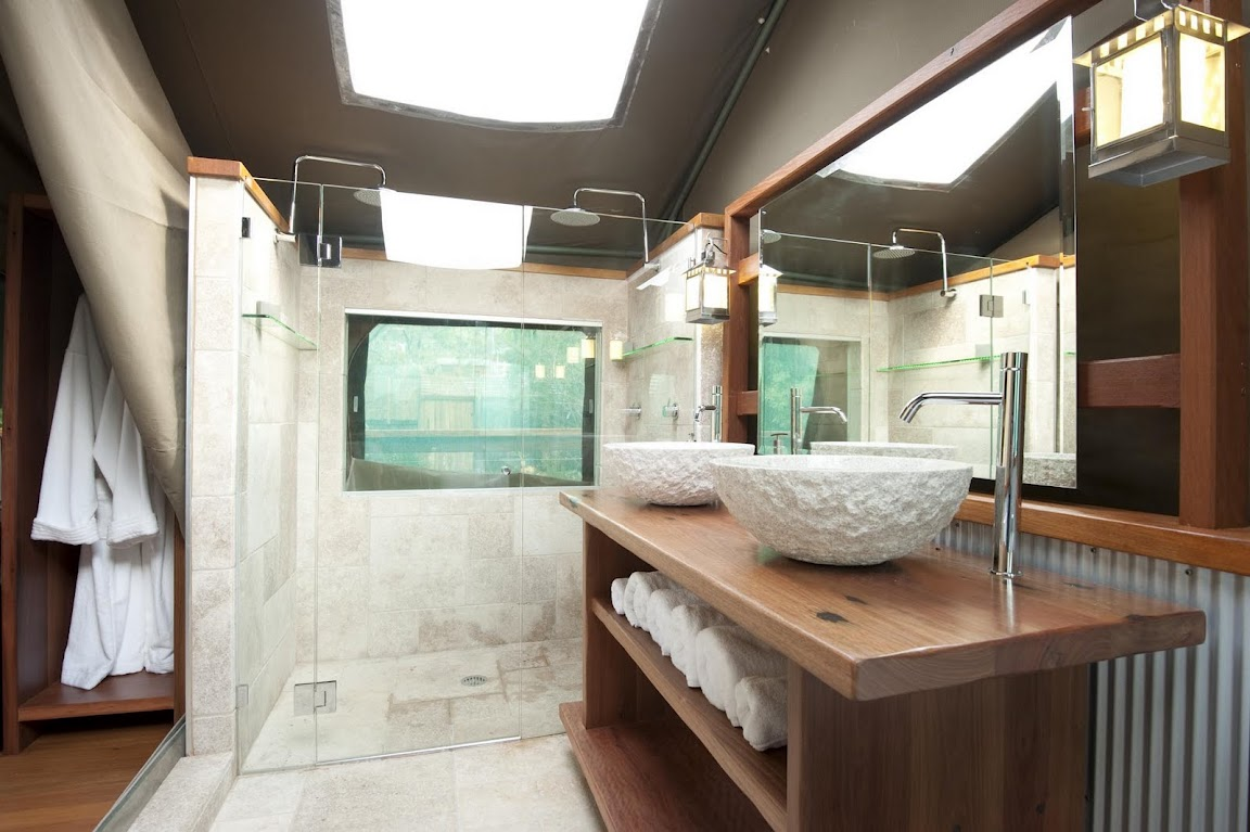 Tandara's Top-of-the-Line Bathroom