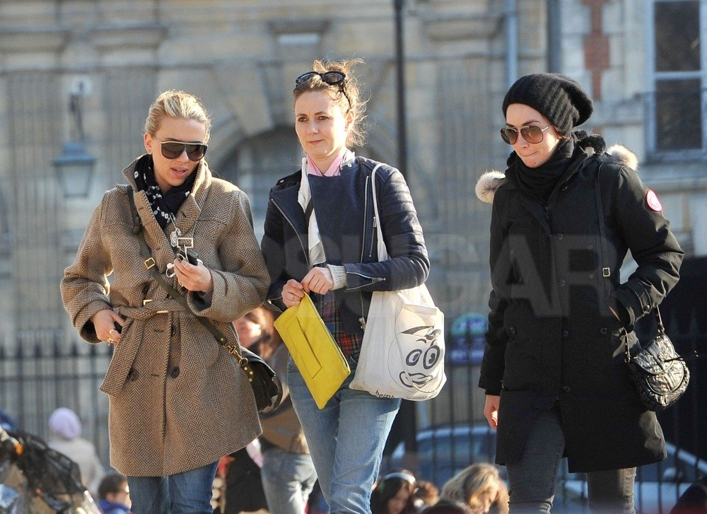 Scarlett Johansson had a girls' day out in Paris.