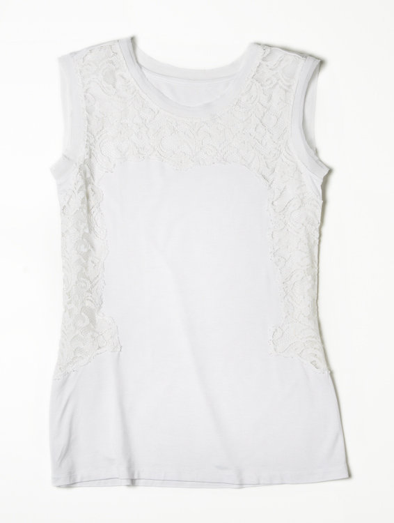 Alberta Ferretti for Macy's Impulse White Lace Sleeveless Top ($49)