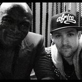 Joel Madden had dinner with Seal while in Sydney, Australia.