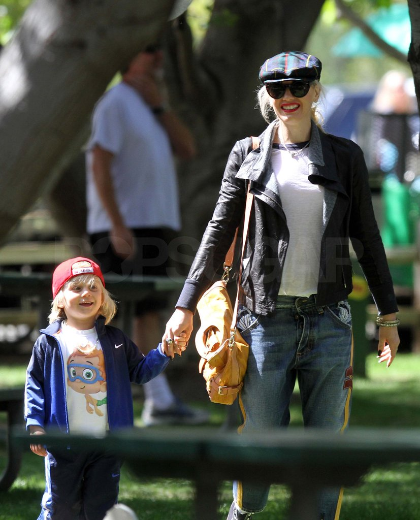 Gwen Stefani held onto Zuma's hand at the park.