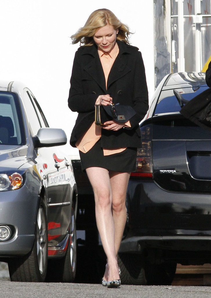 Kirsten Dunst walked to the set of The Bling Ring.