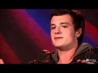 Josh Hutcherson Sings Super Mario Bros. Song (Video)