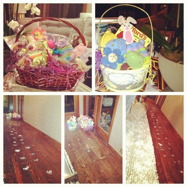 Jessica Alba's daughters had a visit from the Easter bunny.