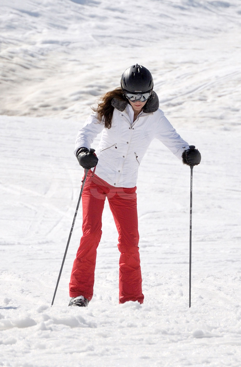 Kate middleton dug her poles into the snow on a ski for Vacation in the snow