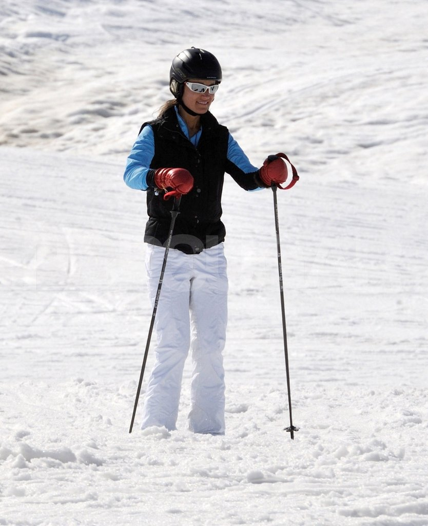 Pippa Middleton put her poles to use while skiing on vacation in France.