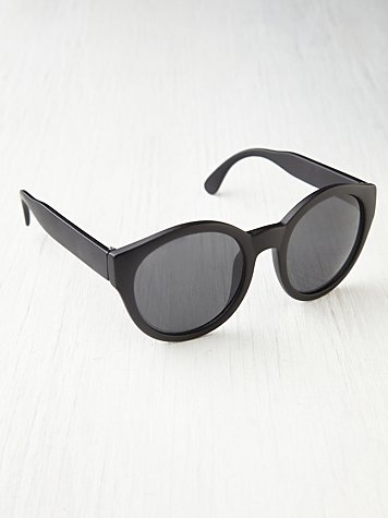 Free People Round Plastic Sunglasses ($24)
