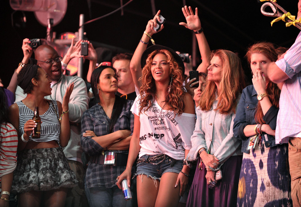 Beyoncé and Maria Shriver danced in 2010.