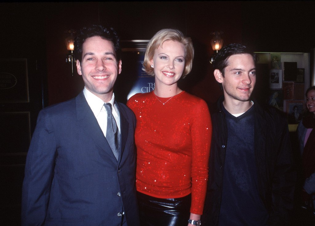 Paul Rudd teamed up with Charlize Theron and Tobey Maguire for the Nov. 1999 premiere of The Cider House Rules.