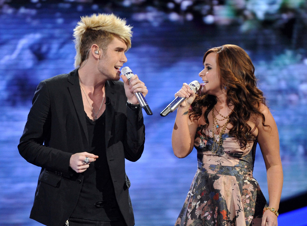 Colton Dixon and Skylar Laine sang an '80s tune.