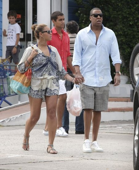 Beyoncé Knowles and Jay-Z walked hand-in-hand around St. Barts.