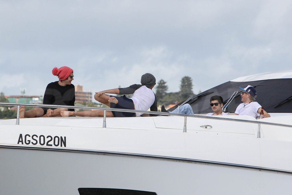 One Direction spent the day relaxing on a boat in Australia.