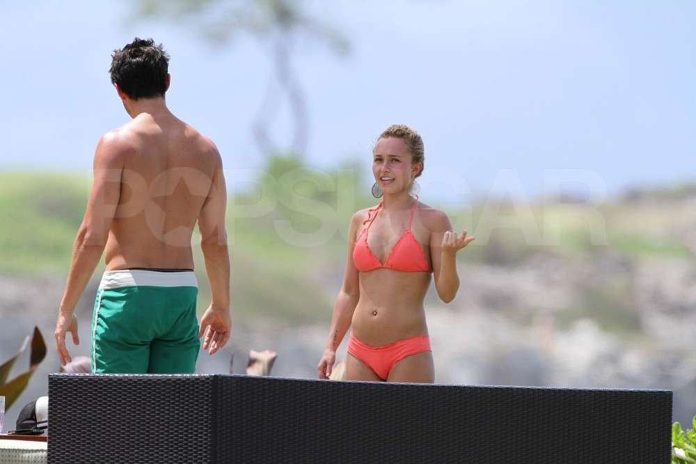 Hayden Panettiere hung out with boyfriend, New York Jets wide receiver, Scotty McKnight, wearing a bikini while vacationing in Hawaii.