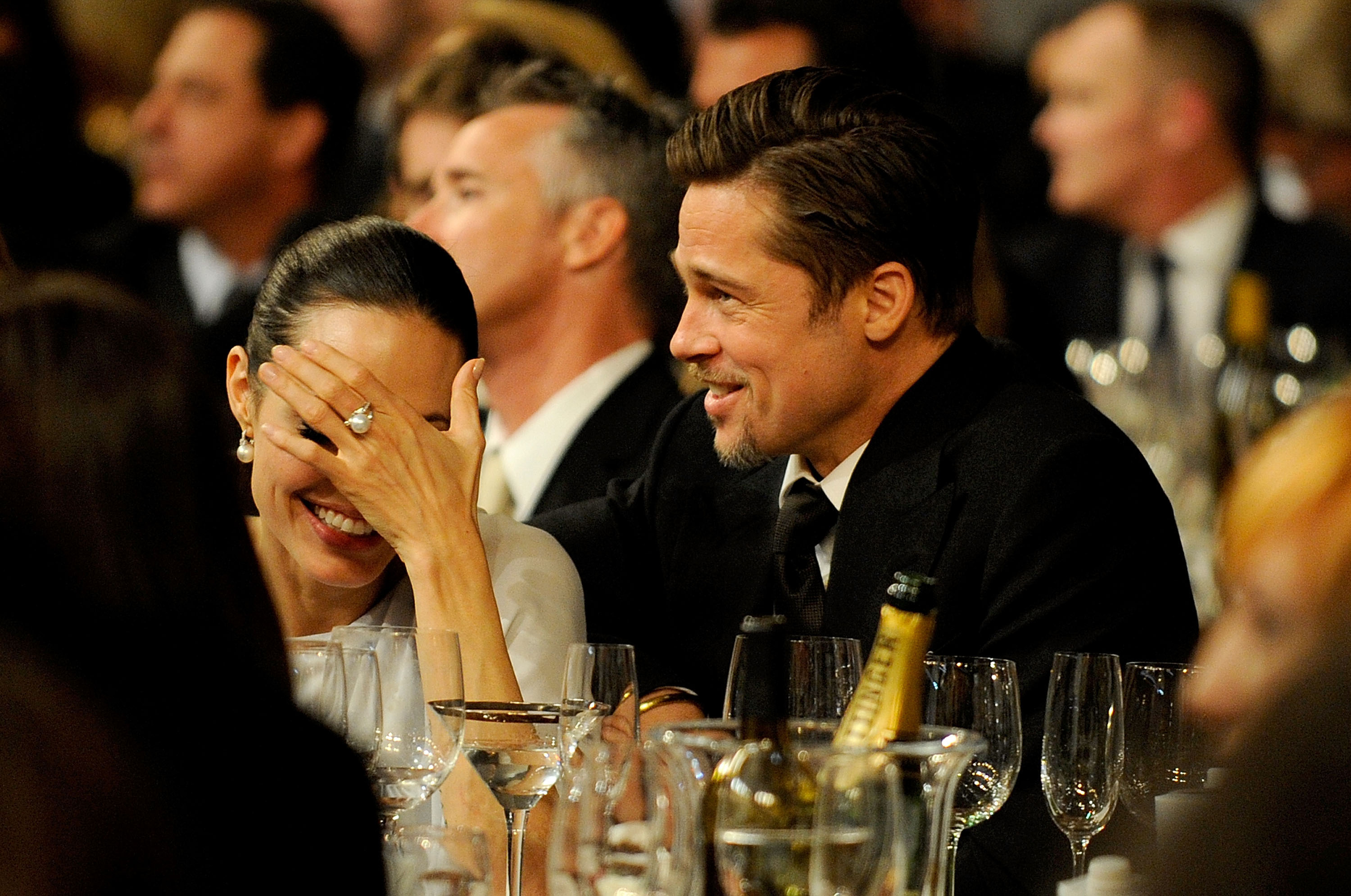 Angelina Jolie couldn't contain her laughter during the January 2009 Critics' Choice Awards.