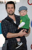 Rob McElhenney posed for a photo with his adorable son.