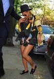 Beyoncé carried Blue in a BabyBjorn.