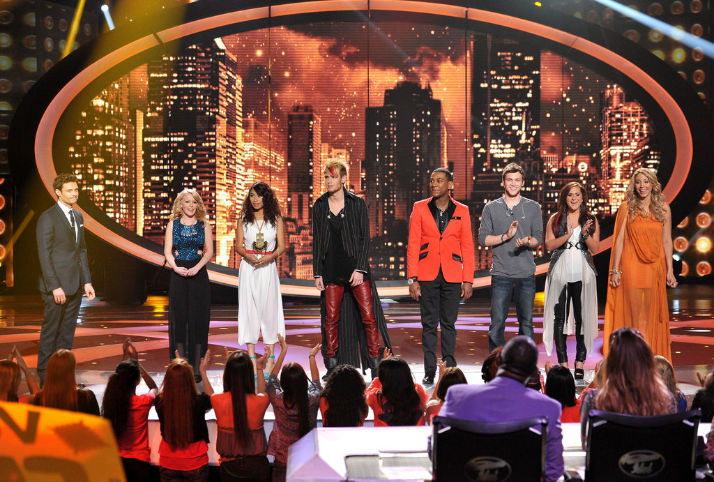Ryan Seacrest chatted with the judges before wrapping the show.