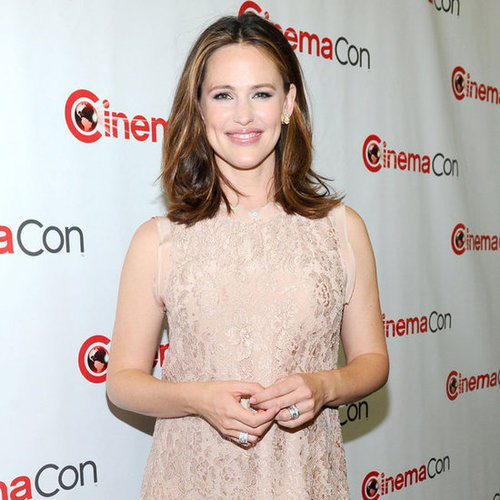 Jennifer Garner and Johnny Depp CinemaCon Vegas Pictures