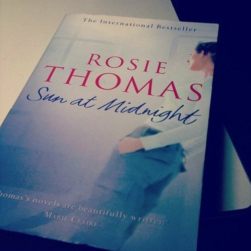 Tonicutajar's weekend reading included Rosie Thomas's Sun at Midnight.