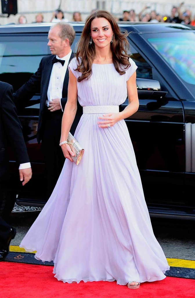 Her lilac Alexander McQueen gown was feminine and elegant.