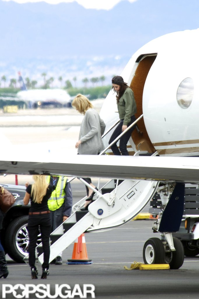Kristen Stewart landed in Las Vegas by private plane.