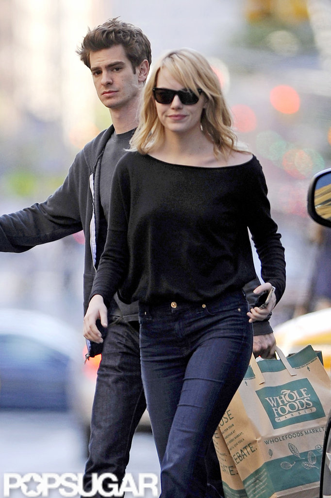 Emma Stone and Andrew Garfield went grocery shopping in NYC.