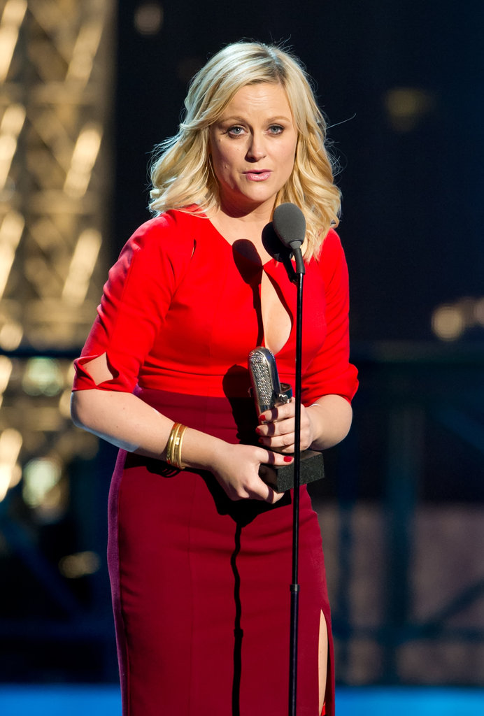 Amy Poehler graciously accepted an award on stage at the Comedy Awards in NYC.