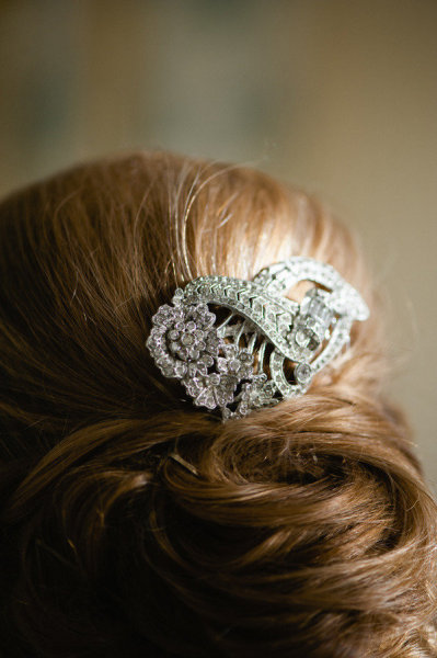 A '20s Brooch-Turned-Haircomb