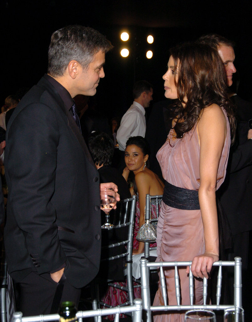 George Clooney chatted with Teri Hatcher at the 2006 SAG Awards in LA.