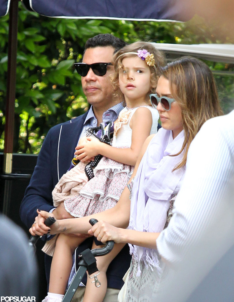Jessica Alba spent the afternoon in LA with husband Cash Warren and daughter Honor.