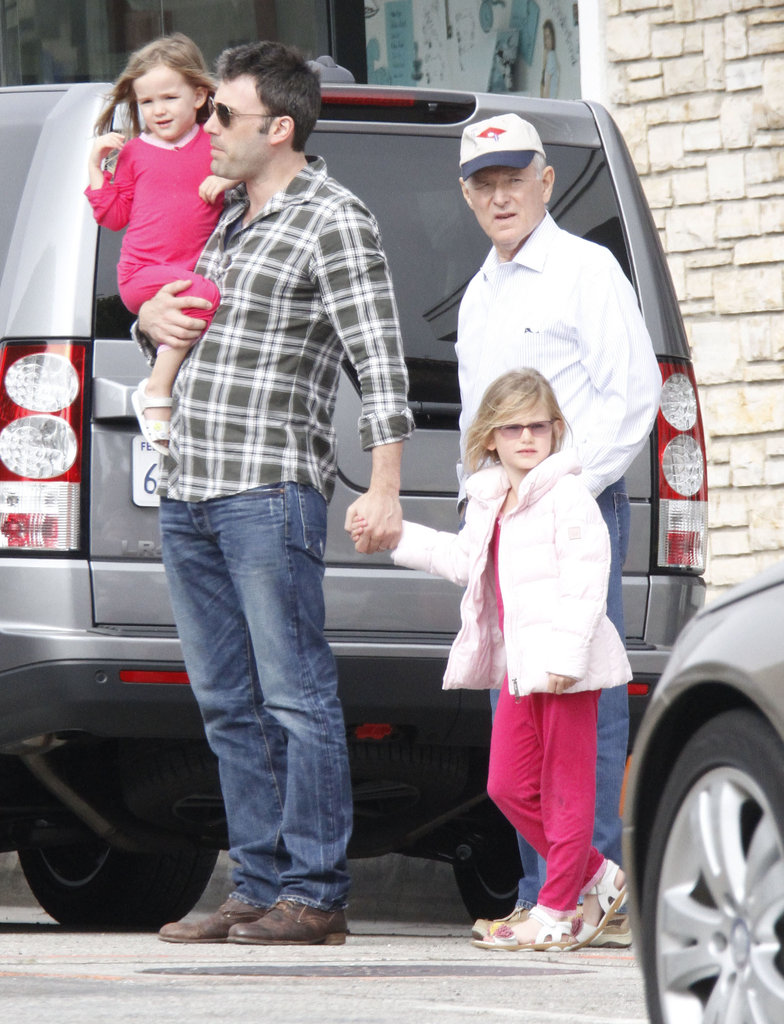 Ben Affleck, Violet Affleck, Seraphina Affleck, and their grandpa went on a shopping trip before Mother's Day in LA.