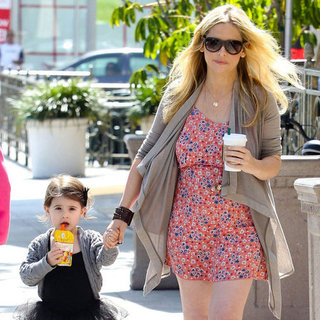 Pregnant Sarah Michelle Gellar Pictures and Charlotte Prinze