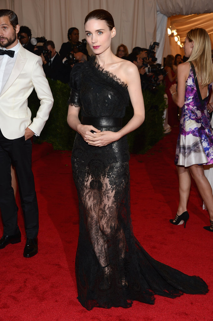 Rooney Mara Wears Dramatic Givenchy to the Met Gala
