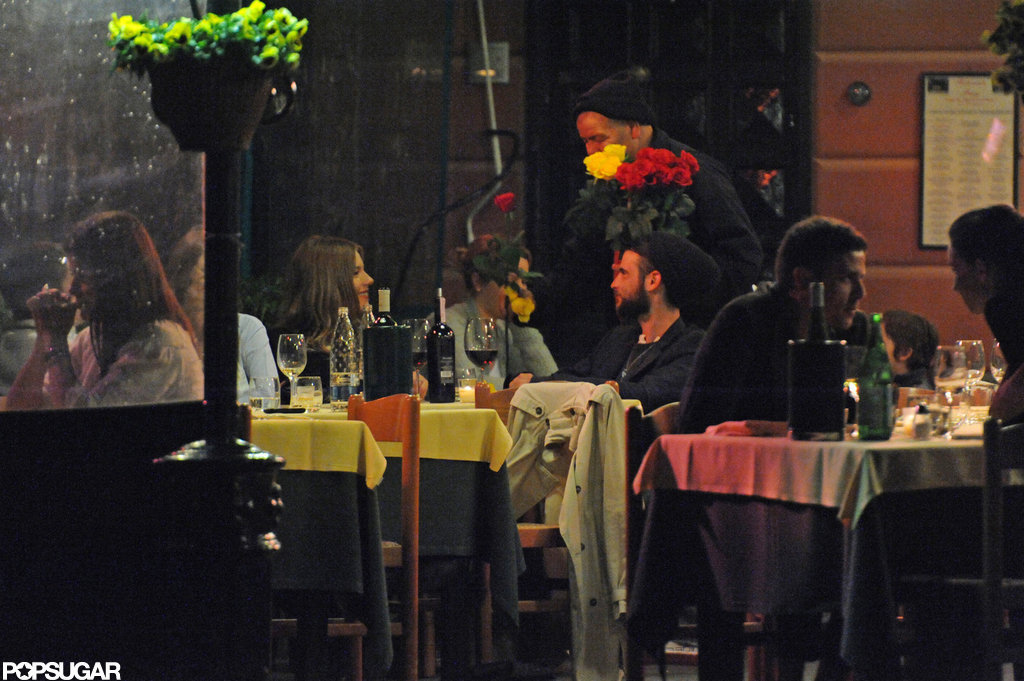 Sienna Miller and Tom Sturridge spent a romantic evening together while on vacation in Italy.