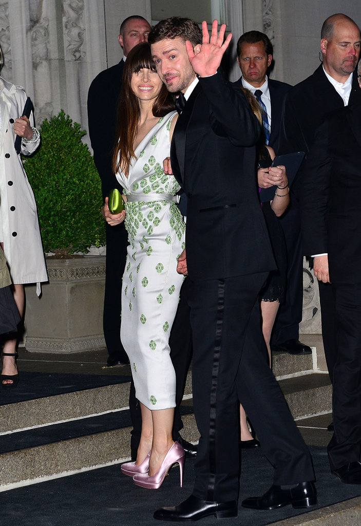 Jessica Biel and Justin Timberlake waved to fans on their way into the Met Gala afterparty.