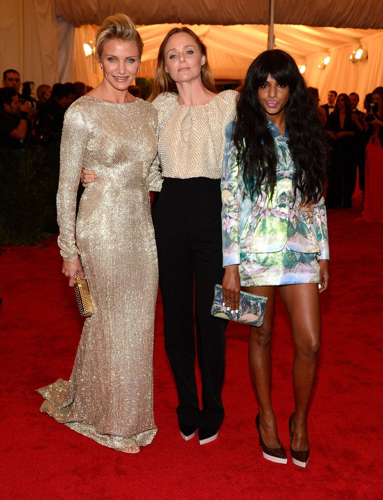 Cameron Diaz posed with Stella McCartney and M.I.A on the red carpet of the Met Gala.