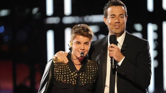 "Video: Justin Bieber Impresses on The Voice — ""He's a Man of His Word"""