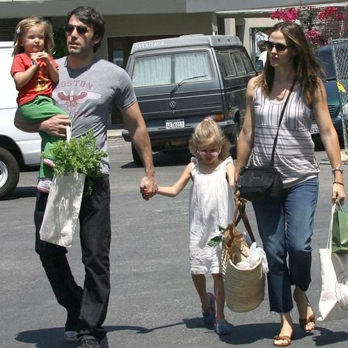 Ben Affleck Mother's Day Message For Jennifer Garner (Video)