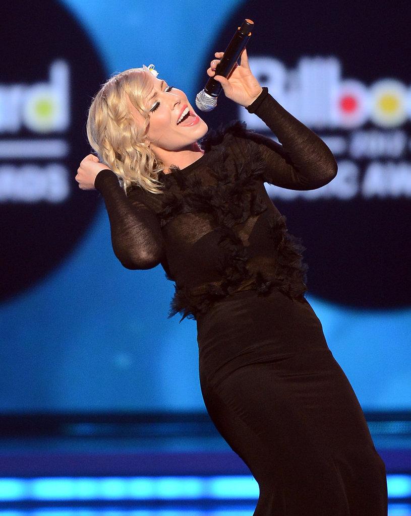 Natasha Bedingfield performed at the May 2012 Billboard Music Awards.