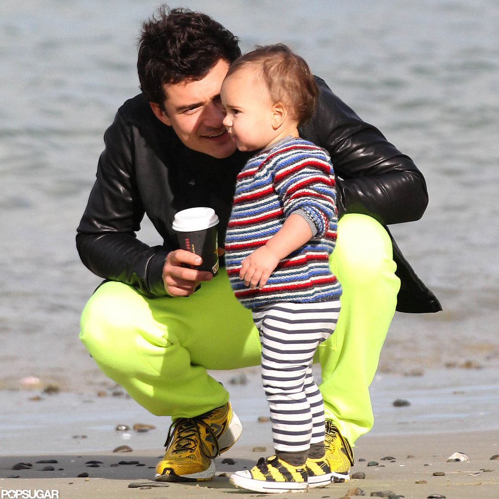 Orlando Bloom played on the beach with Flynn.