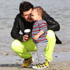 Orlando Bloom on Beach With Flynn in New Zealand Pictures